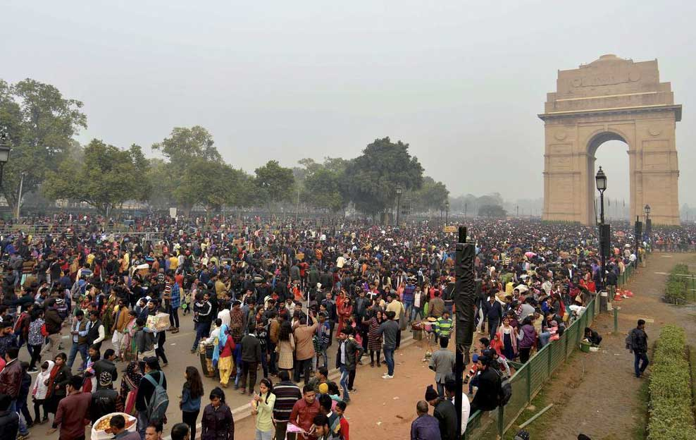 Delhi Population at India Gate