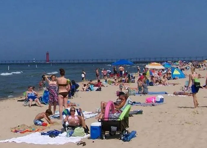 Michigan Population at North Beach South Haven