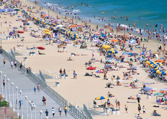 Virginia Population at Virginia Beach Broadwalk